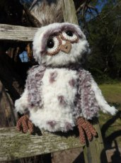 Funny Furry Owl Donkerbruin